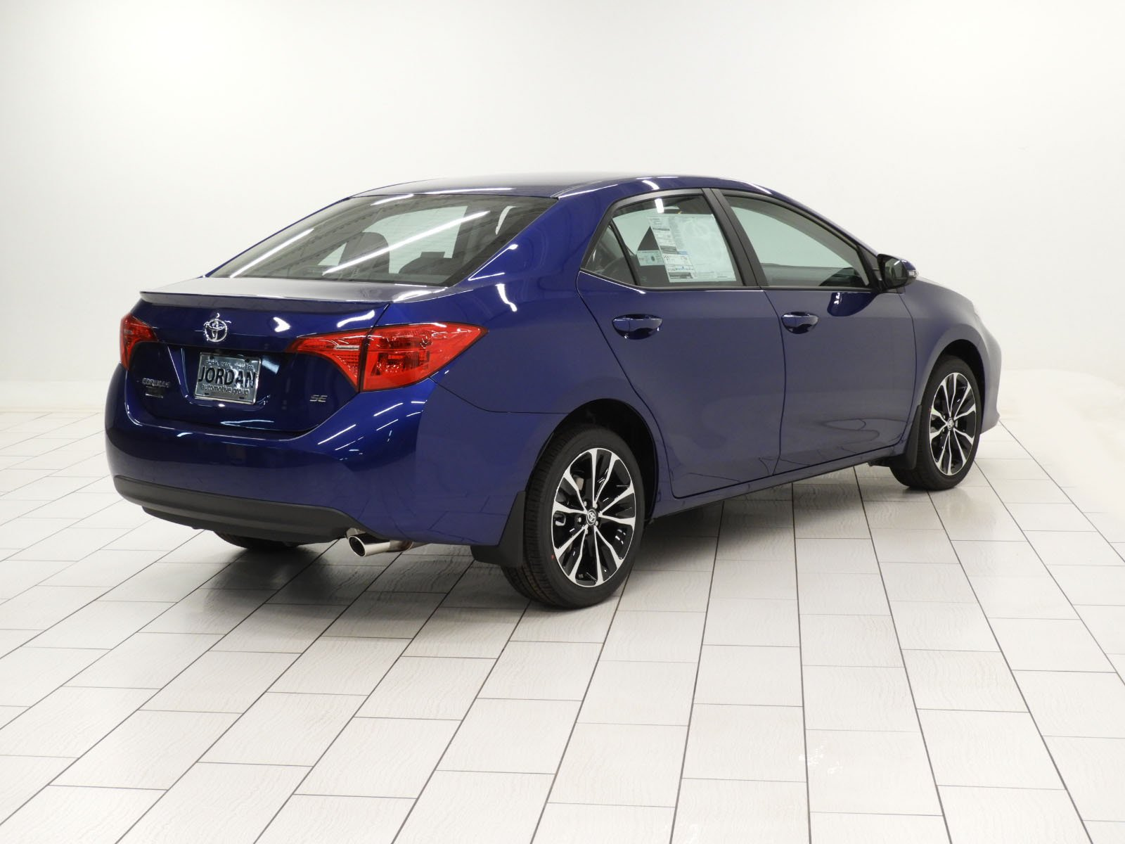 New 2019 Toyota Corolla SE 4dr Car in Mishawaka KC