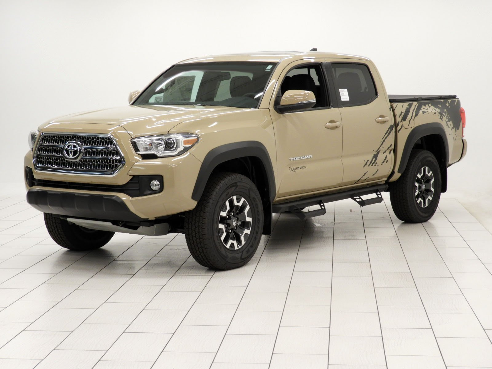 new 2017 toyota tacoma trd off road double cab in mishawaka hm083326 jordan toyota. Black Bedroom Furniture Sets. Home Design Ideas