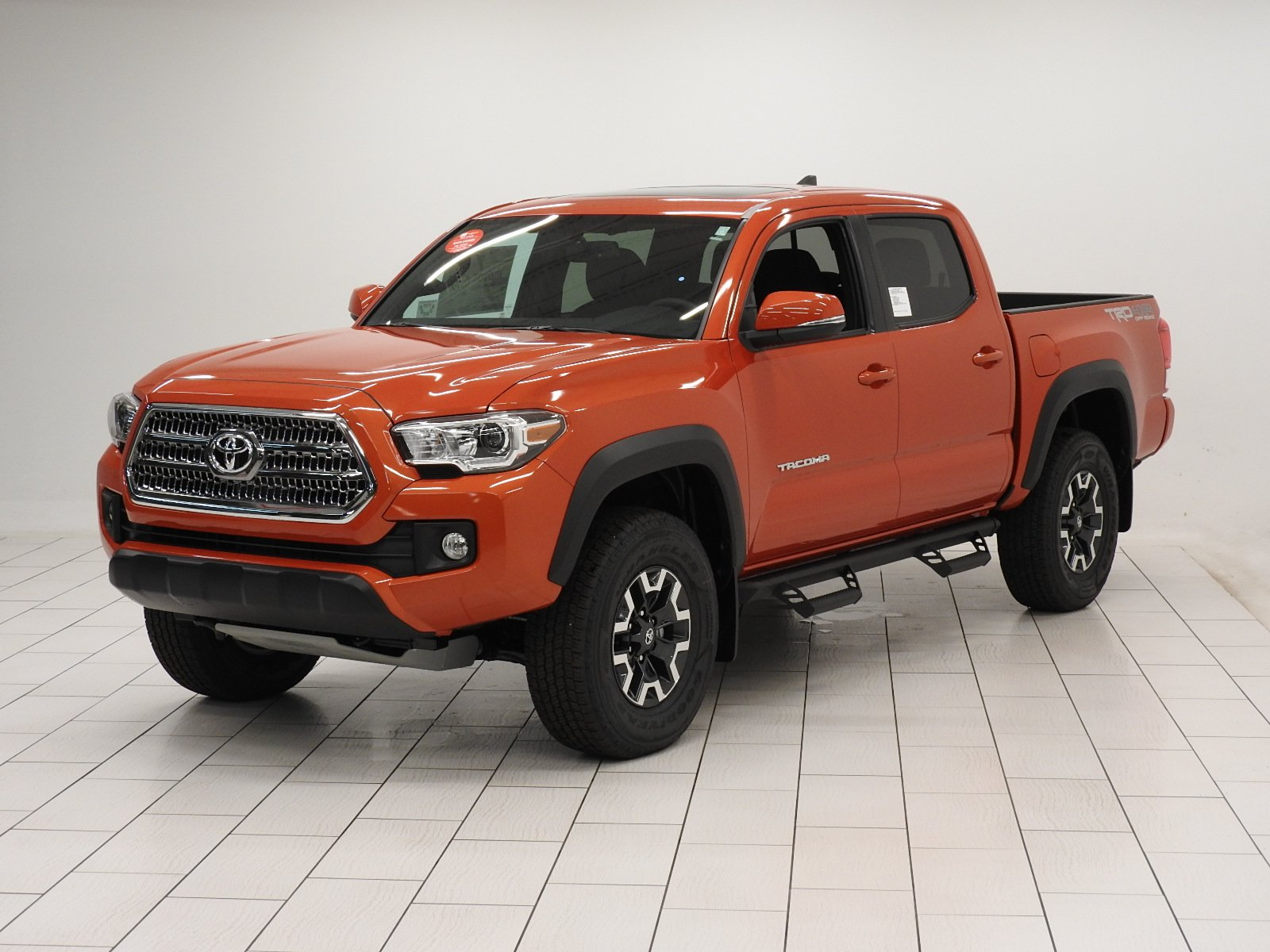 new 2017 toyota tacoma trd off road double cab in mishawaka hm107091 jordan toyota. Black Bedroom Furniture Sets. Home Design Ideas