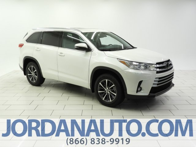 Certified Pre-Owned 2018 Toyota Highlander