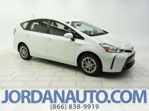 Certified Pre-Owned 2017 Toyota Prius V